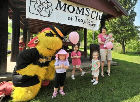 The MOMS Club of Teays Valley had its annual open house Wednesday at the Hurricane City Park in Hurricane.
