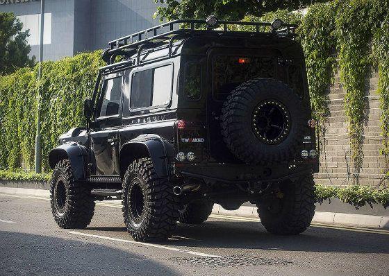 A vendre : le Land Rover Defender de Spectre | GQ
