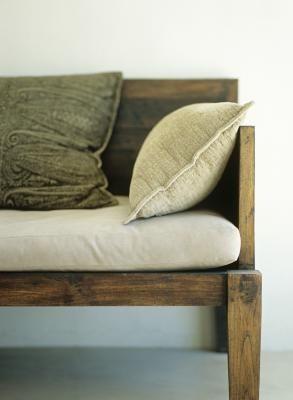 A+DIY+Indoor+Bench+Plan+