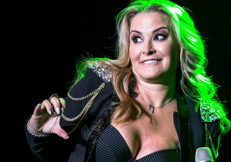 NEWS: Find several pictures and videos of Anastacia in Padova and Zurich only at:www.anastaciafanclub.com.pt