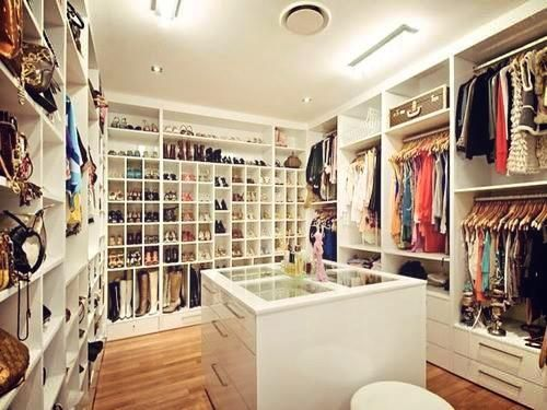 20 Walk In Closets That Could Be Their Own Apartments