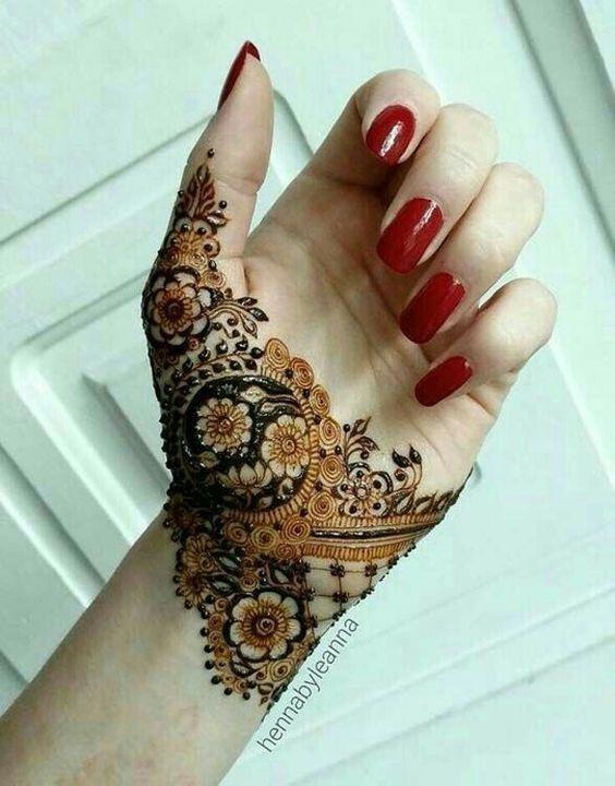 Flower Henna Deigns for Hands