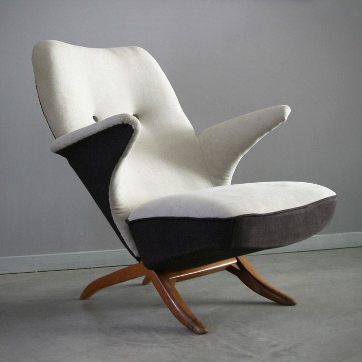 Penguin chair  http://www.creativeboysclub.com/