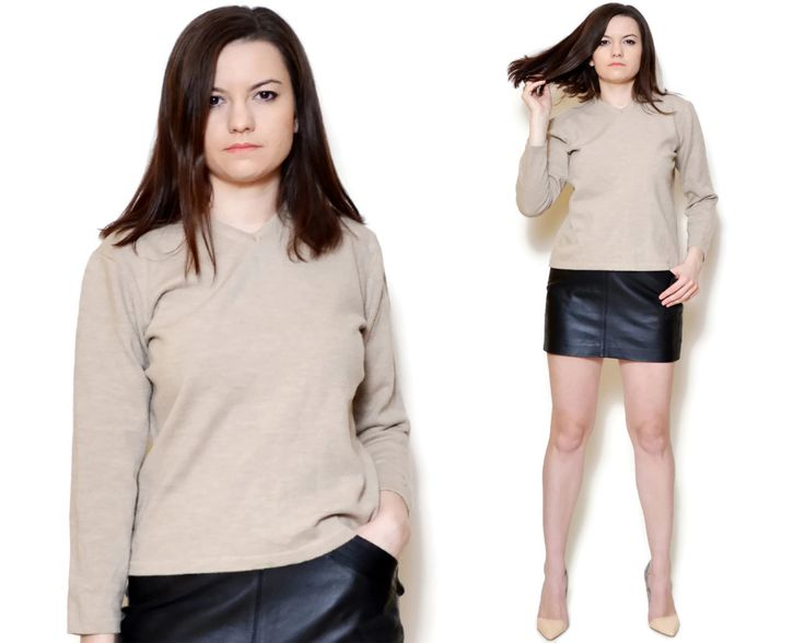 Vintage beige pullover made by Hugo Boss.  The model on the pictures is size S/36 and 165 cm height. Please check measurements with your own to avoid problems with the size. Make sure you double the measurements where shown (*2):  Label size: L/40 Total lenght: 56.5 cm / 22.2 inches Sleeve lenght: 48.5 cm / 19 inches Shoulder to bottom: 54.5 cm / 21.4 inches Armpit to bottom: 36 cm / 14.1 inches Armpit to armpit: 49 cm *2 / 19.2 inches *2 Waist: 48 cm *2 &#x...