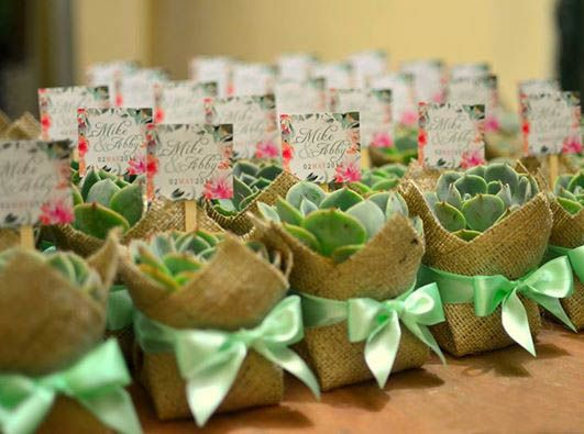 Sample giveaways for wedding