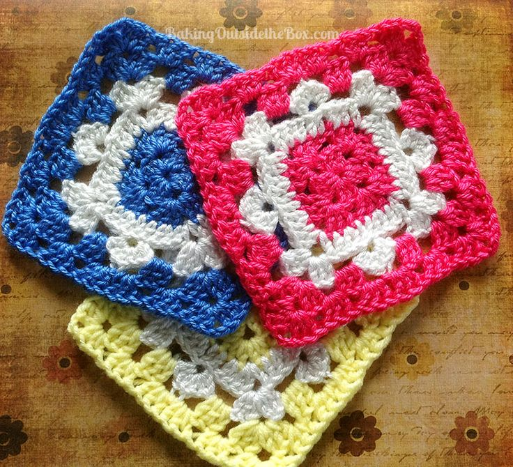 Snowflake on the Square - PLEASE NOTE: While the pattern is free you'll have to join the site to get it