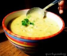 Creamy chicken, cauli and rice soup