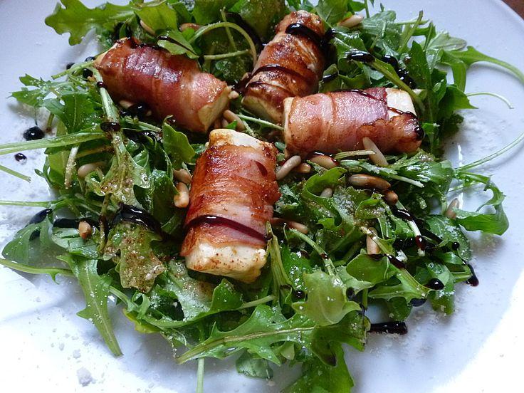 Gebratener Schafkäse im Speckmantel auf Rucola-Parmesan-Salat, ein schönes Rezept aus der Kategorie Fleisch & Wurst. Bewertungen: 143. Durchschnitt: Ø 4,5.