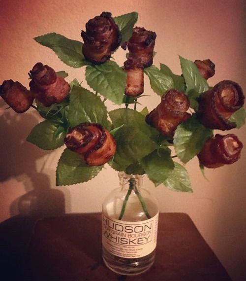 #Bacon bouquet is the key to my heart . This man knows me I think hes a keeper. Happy Valentines Day! #nutrition #health #lowcarb #carbnite #dietitian #wellness #ketogenic #fitfam #highfat - Inspirational and Motivational Ketogenic Diet Pins - Eat Keto Get Into Nutritional Ketosis - Discover LCHF to Prevent Diseases - Enjoy Low-Carb High-Fat Lifestyle For Better Health