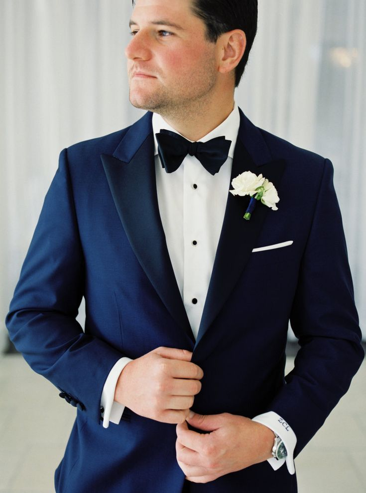 Photography : Rebecca Arthurs | Floral Design : greenlion design  | Groomsmens Attire : My Suit  Read More on SMP: http://www.stylemepretty.com/2017/03/22/fresh-and-contemporary-newport-wedding/