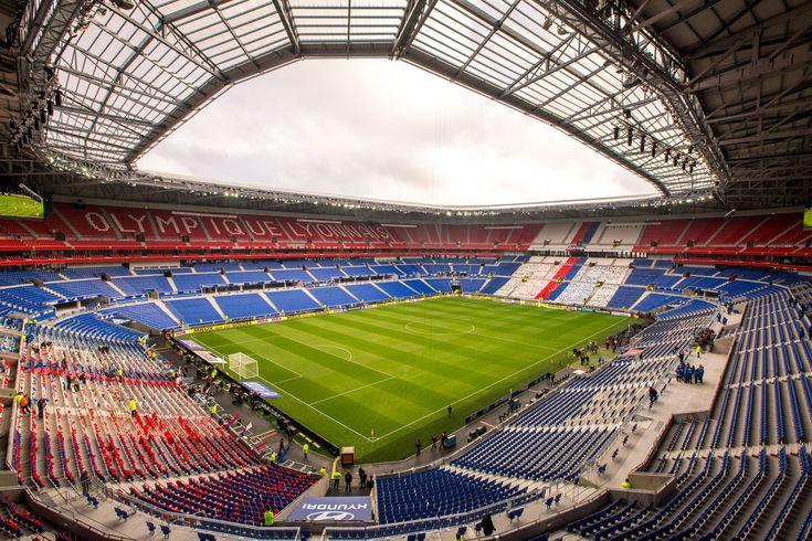 Le Parc olympique lyonnais (60 000 places) est le nouveau stade du club de football de Lyon. Une enceinte qui se veut moderne, connectée et... rémunératrice. Visite guidée.