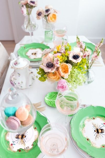 Host a garden party: http://www.stylemepretty.com/living/2015/05/30/host-a-garden-party/ | Photography: Fashionable Hostess - http://www.fashionablehostess.com/