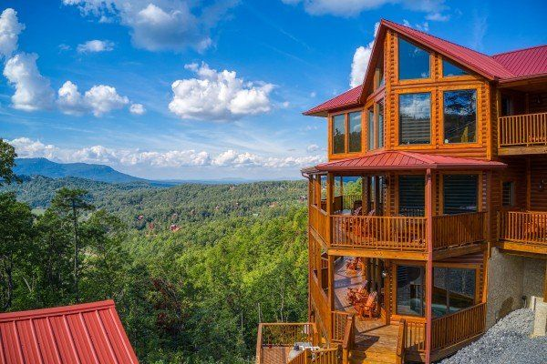 Four Seasons Palace Luxury Plus 5 Bedroom Pigeon Forge Cabin Rental Pigeon Forge Cabin Rentals Cabin Cabin Rentals