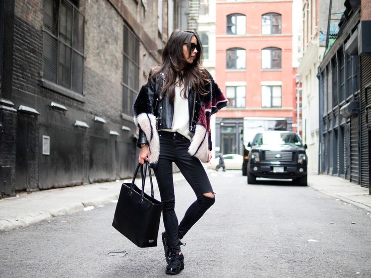 harbor bag in NYC | seaofbees http://thelovechild.com.au/accessories/bags