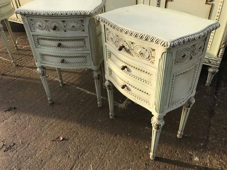 Pair Of French Antique Bedside Tables Antiques