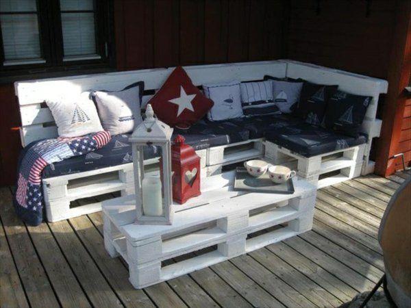 DIY Sofas aus Europaletten auflagen bequem weiß ecksofa