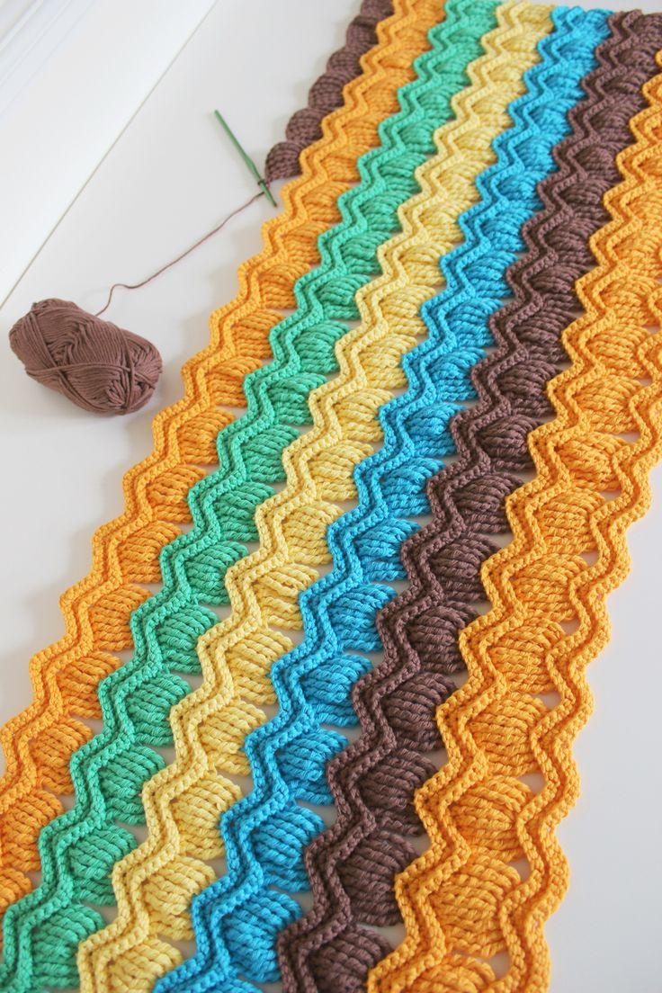 crochet fan ripple blanket - free pattern link here: http://www.ravelry.com/patterns/library/vintage-fan-ripple-stitch-pattern