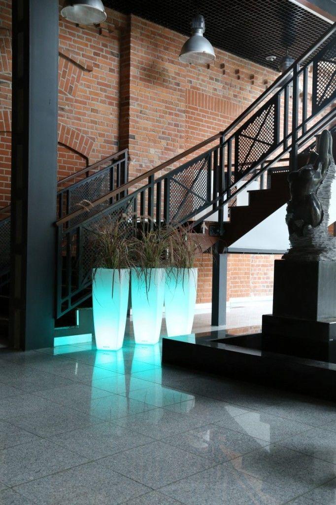 light design flower pots Ricola Nuno'ni nunoni.com