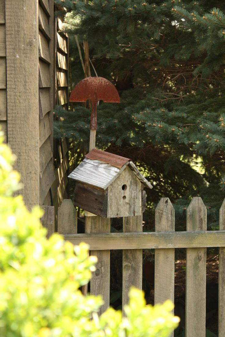 rusty garden spade birdhouse