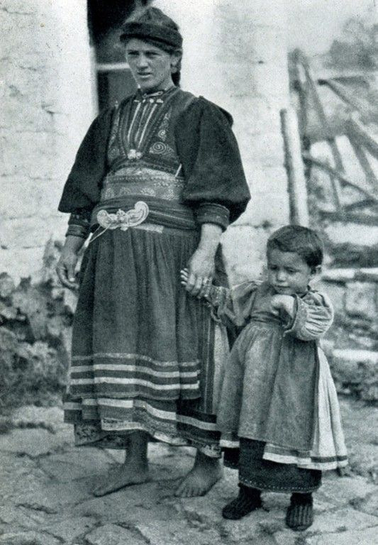 "Albania. ""Young Aromanian woman dressed in hues of brown and black"", 1929, photo Hugo Bernatzik"