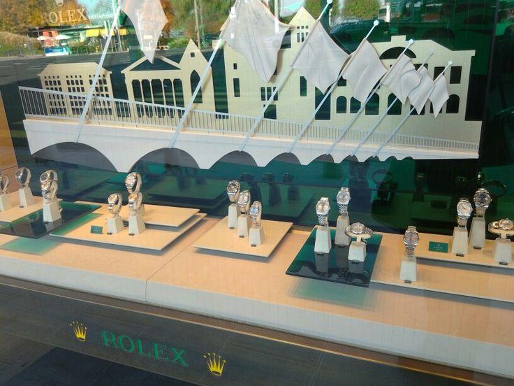#geneva #geneve #switzerland #rolex #watches #swisswatches #vm #windowdressing