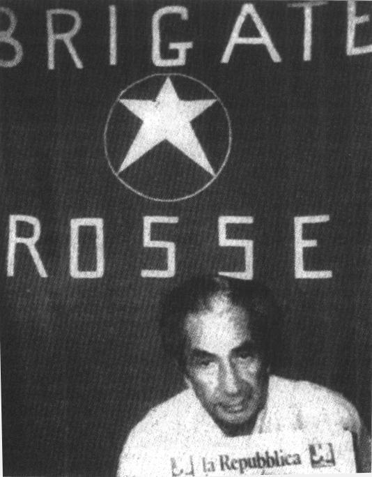 Aldo Moro nella prigione del popolo
