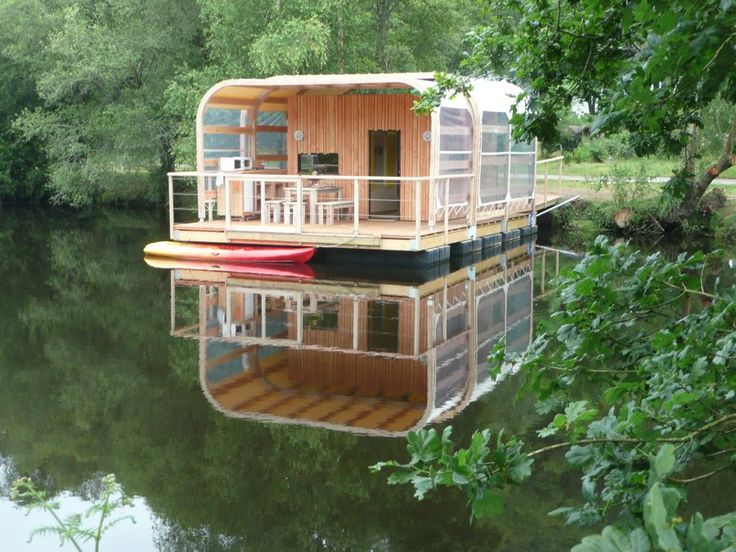 French houseboat