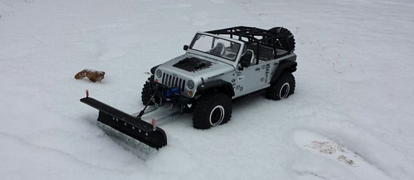 Shoveling is for Chumps! You Gotta Get Yourself this RC Snow Plow Truck