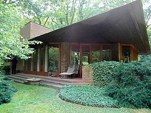 Best 25 palmer house ideas on pinterest palmer house for Frank lloyd wright palmer house