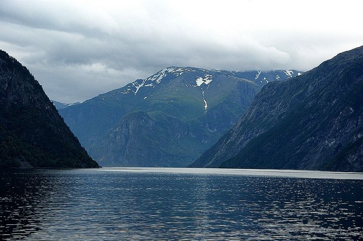 O Leme - Imagens da Noruega - Fiorde dos Sonhos