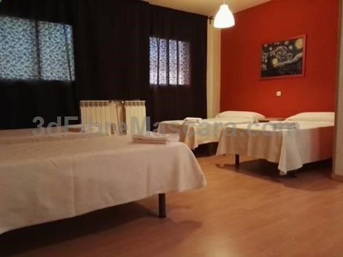 Hostal El Pinar Navaleno Hostal El Pinar is set in Navaleno, 46 km from Soria. Guests can enjoy the on-site restaurant. Each room is fitted with a TV. There is a tour desk at the property.