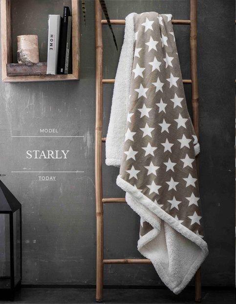 Béžové francouzské deky na sedačky s bílými hvězdami