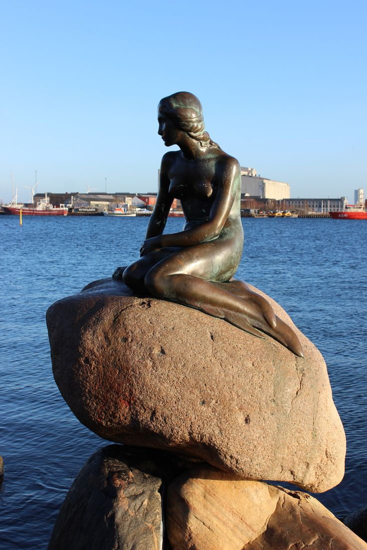 I guess this one can't missing Little Mermaid København (Copenhagen)