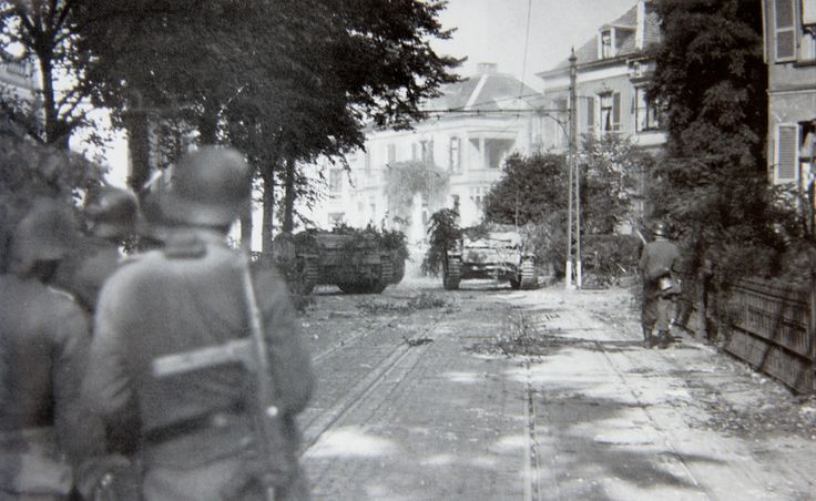 Then and Now No.4: Utrechtseweg, Arnhem, 19 September 1944