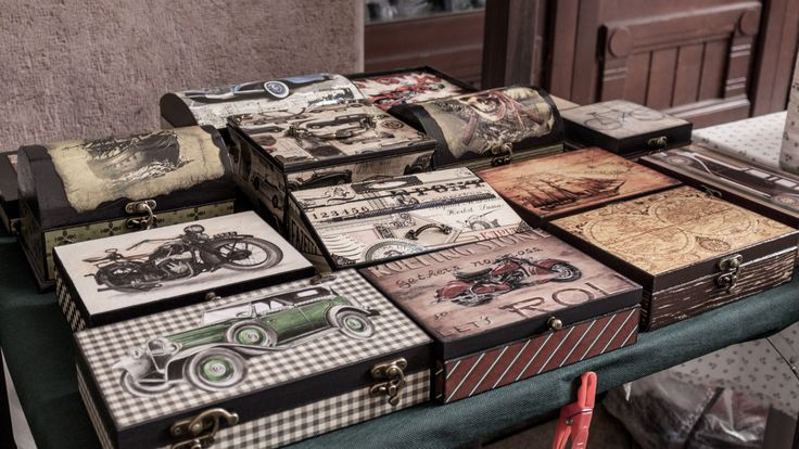 Vintage boxes  http://www.budapestwithus.hu/gouba/