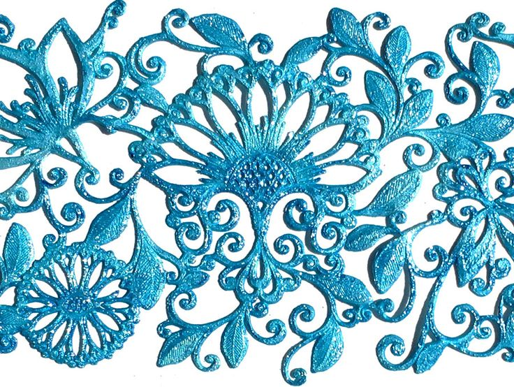 Oo la la -Vivid Diamond Lustre. Ready made lace sample using Oo La la- lace design is 'Mystic Thistle' from the Crystal Candy mould range.