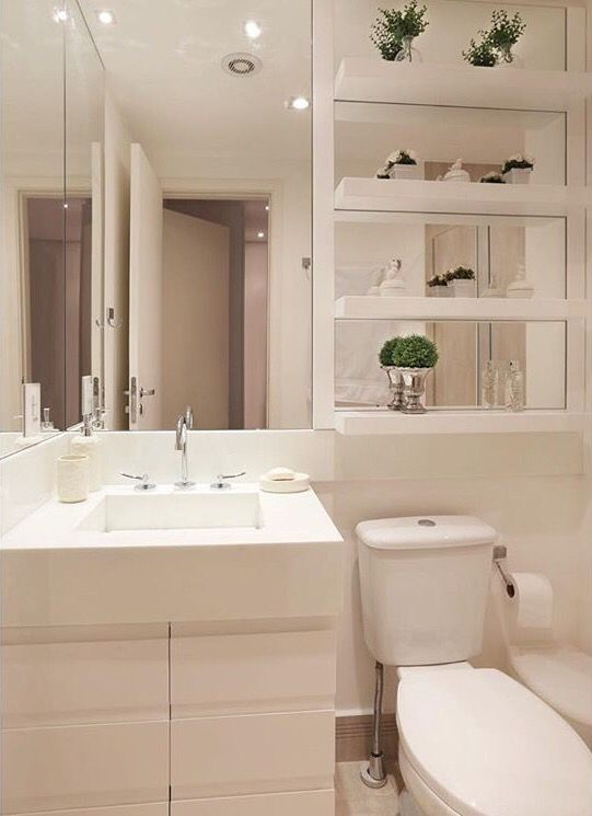 Banheiro espelhos                                                                                                                                                      Mais