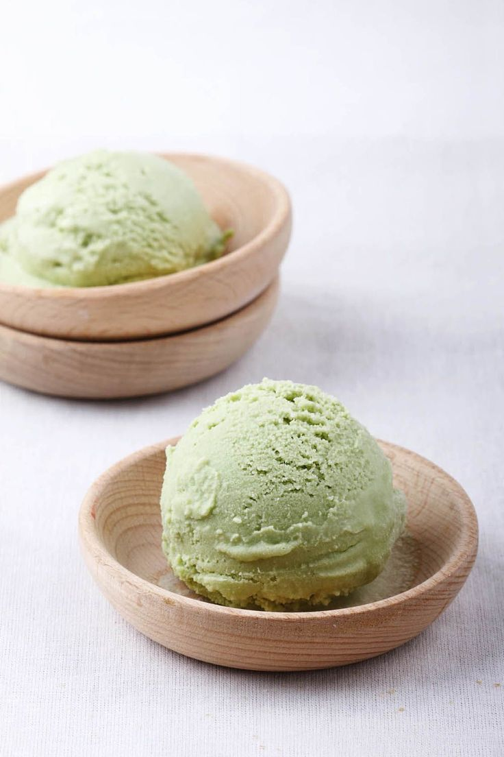 Do you like the green tea ice cream that you get at the Japanese restaurant after getting your sushi fix? Now you can replicate this unique ice cream at home! Best of all, you don't need …