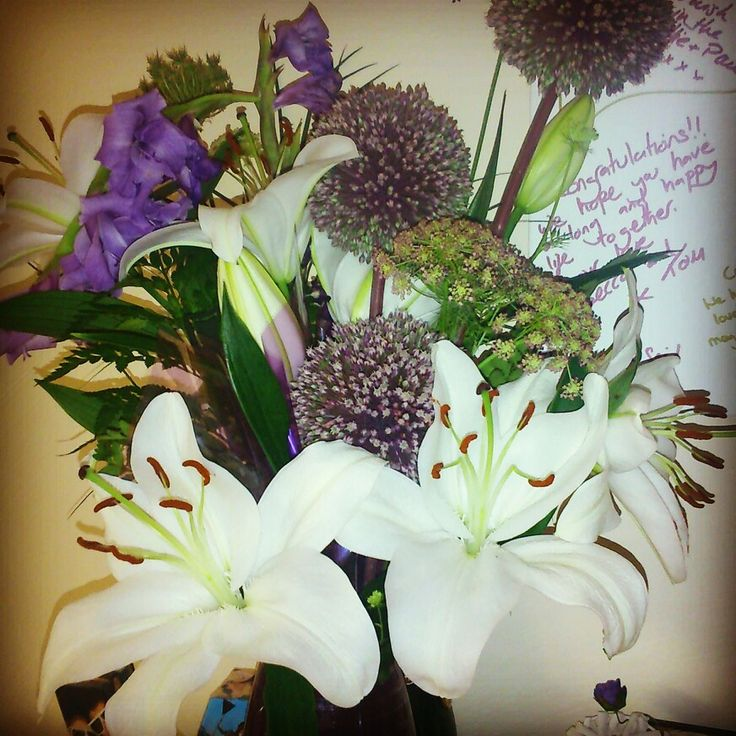 Beautiful flowers.. Lily love.