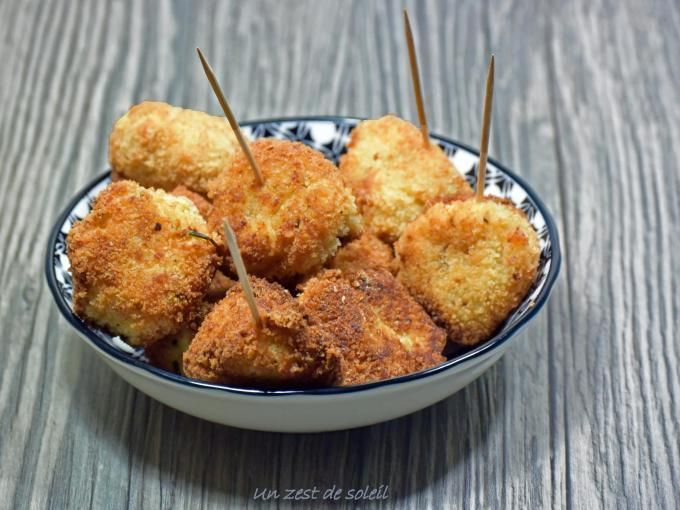 Des petites boulettes de poulet délicieusement relevées avec du paprika. - Recette Entrée : Croquettes de poulet par GiuliaM