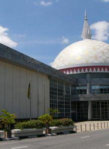 ロイヤルレガリア(王室資料館)も必見!ブルネイ 旅行・観光の見所!