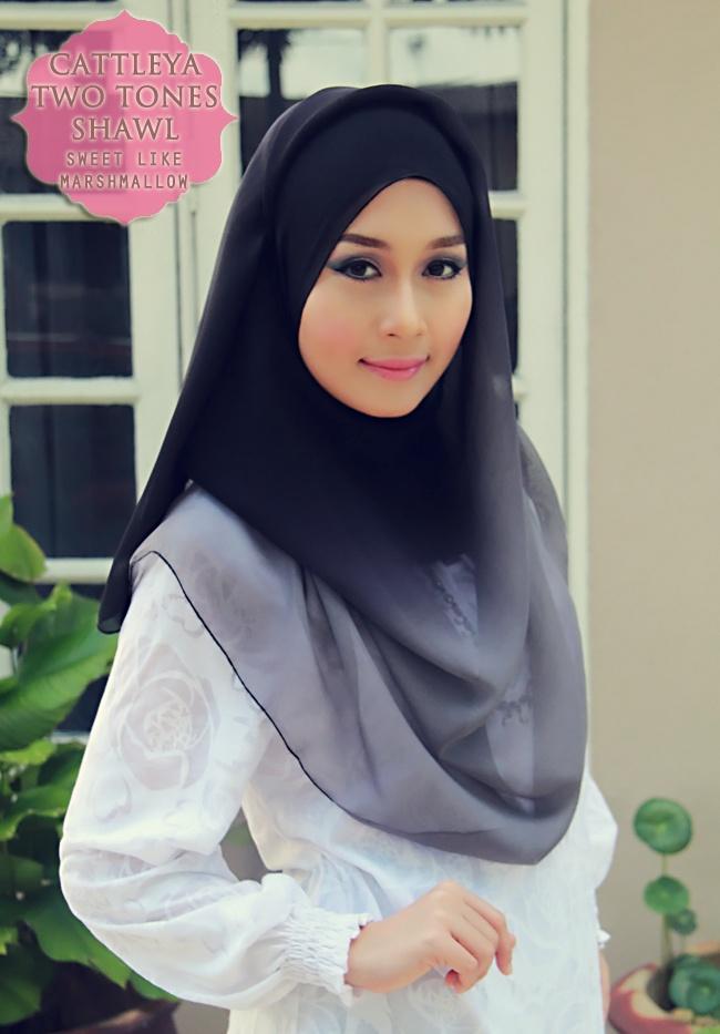 Hijab, tesettür, karacabutik, muhafazakar, kapalı, degradeli şal, degrade şal, dip dye şal, eşarp, baş örtüsü