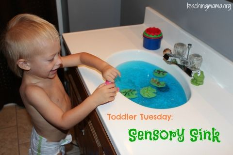 Toddler Tuesday: Sensory Sink