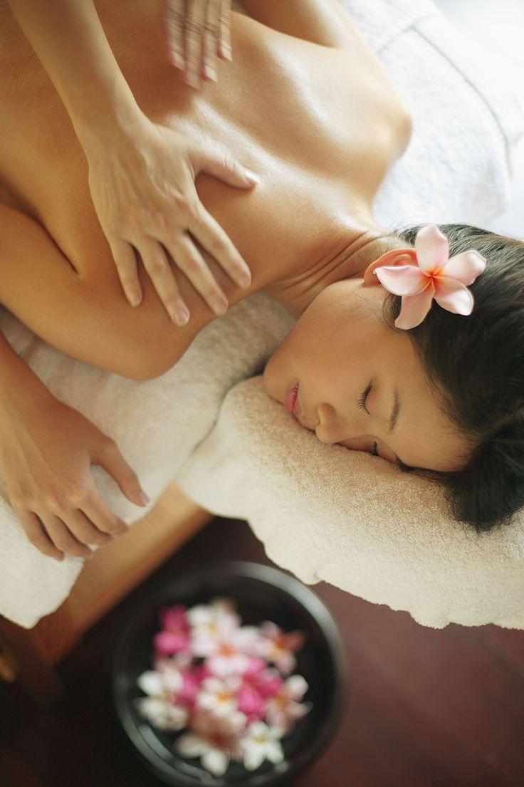 Offerta settembre e ottobre: #massaggio #Thai Si o trattamento corpo anti age #girl #flower