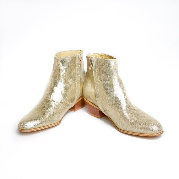 Stay golden, Chelsea boots.