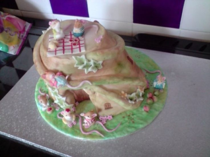 Bramley cottage cake.