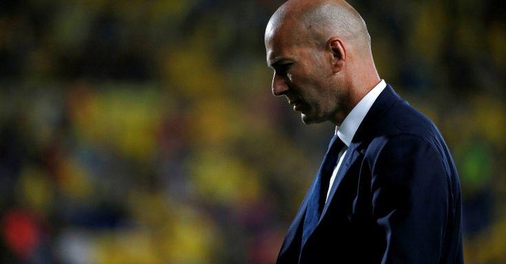 Zidane gera crise com CR7 para não repetir erro que quase lhe custou a Liga