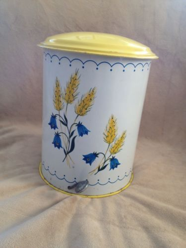 Vintage Decoware Metal Step Trash Can Wild Flowers And Wheat