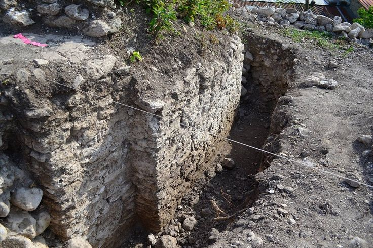 New Archaeological Site in Belize's Cayo District   A new archaeological site is currently being excavated on the outskirts of Benque Viejo Del Carmen Town in Belize's Cayo District.    The exact time period is yet unknown, however …
