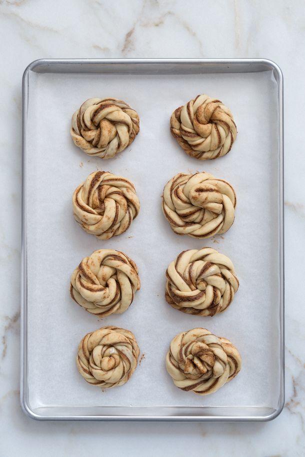 Kanelboller (Bollos de canela suecos   Swedish Cinnamon Buns)   FOOD AND COOK